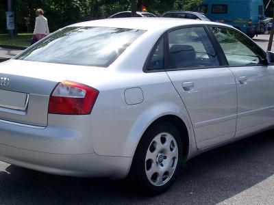 Enganches económicos para AUDI A4 Sedan(8E)